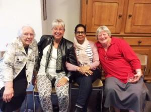 Birgit, Tonnie, Johanna, Marjolein, de eerste lekeleidsters